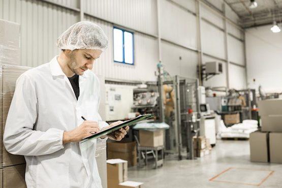 https://www.essellar.co.uk/wp-content/uploads/2020/03/man-in-food-factory-clipboard1-555x370.jpg